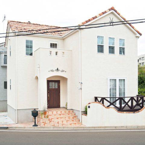 空間を上手く利用した南欧住宅