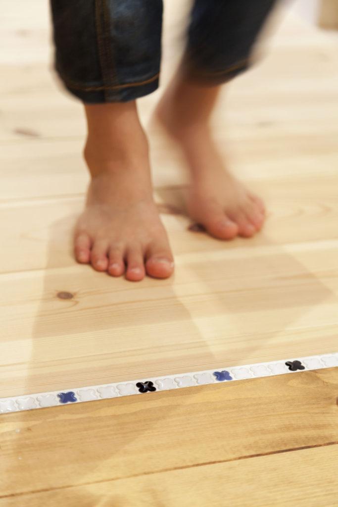 無垢床 自然素材の床 身体に優しい