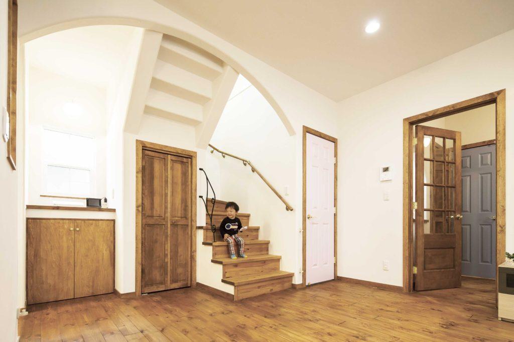 ナチュラルリビング 無垢床と塗り壁