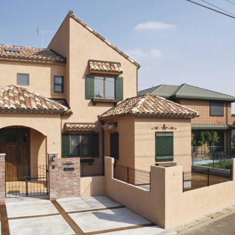 テラスのあるスペイン住宅