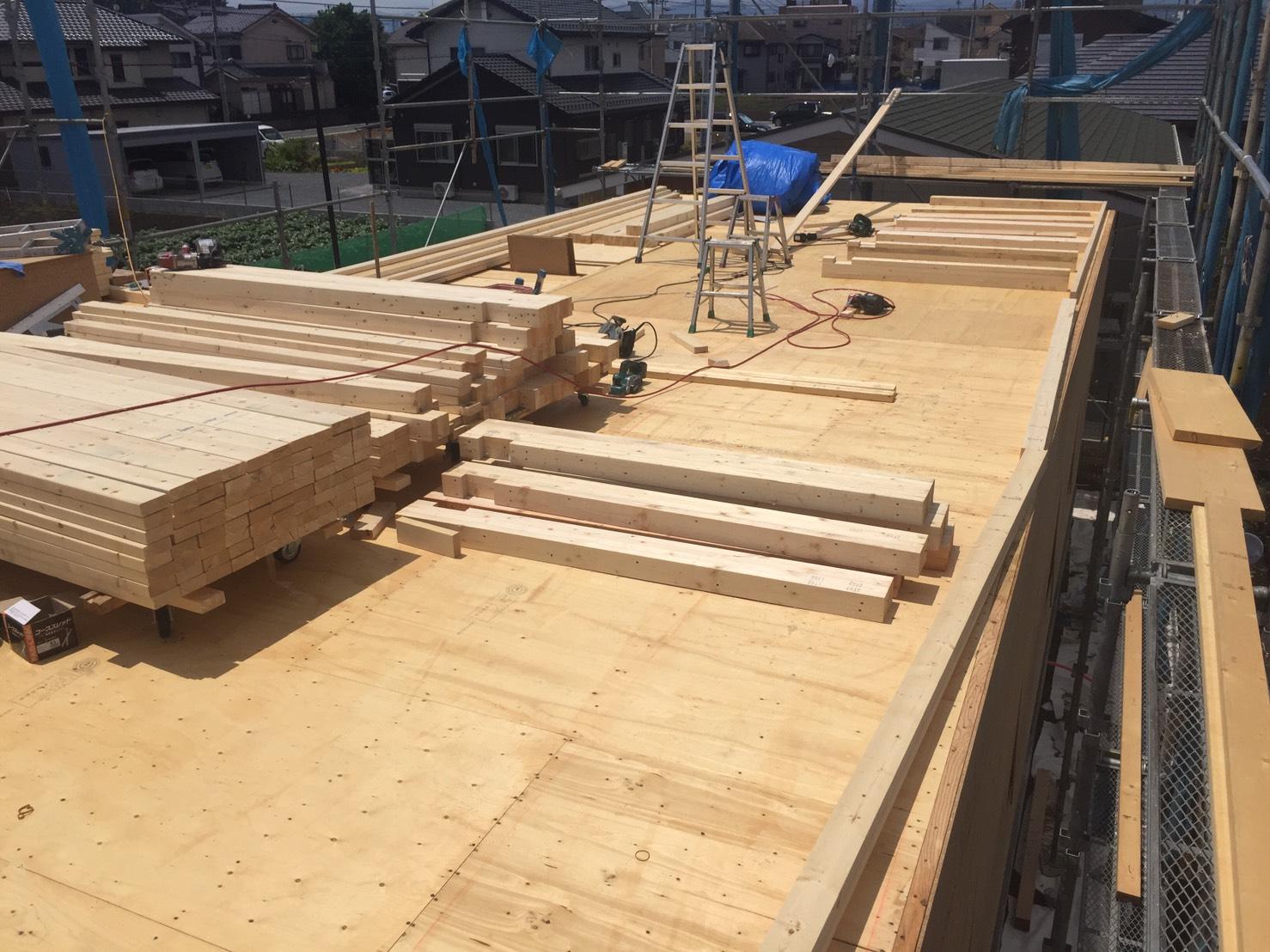 2階の建方工事へ