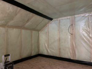 窓の取付完了からの断熱材充填
